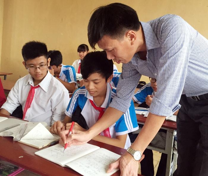 Mộng thấy thầy giáo chủ nhiệm cũ đặt cược cặp số 28 - 36