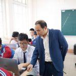 Giấc mơ thầy giáo mang tới điềm báo gì về tương lai?