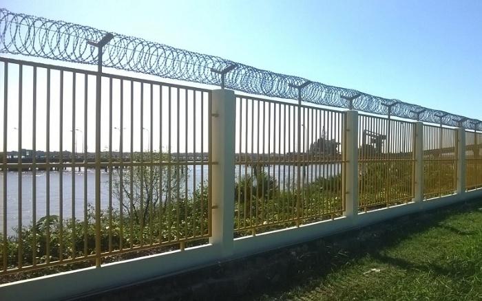 Nằm mơ thấy đang làm hàng rào tại trường đại học Xây Dựng
