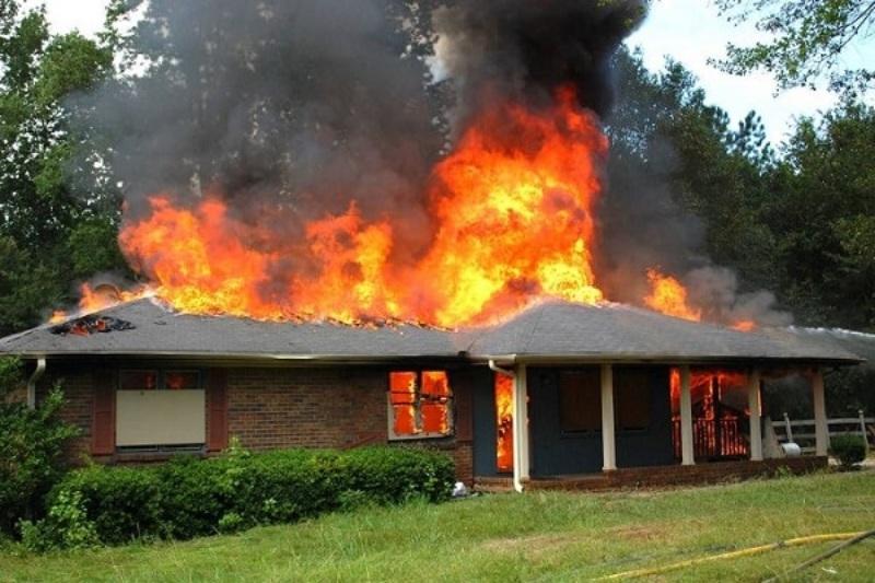 Mơ thấy nhà hàng xóm bị cháy là một cảnh cáo đối với sức khỏe của bạn